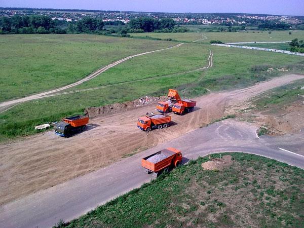 На Келецькій вже тривають роботи по прокладенню 4-полосної дороги і трамвайної колії  до  Західного автовокзалу