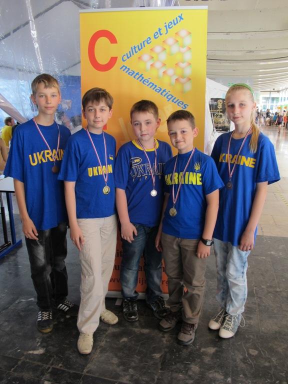 Вінницькі математики привезли 6 золотих медалей з Математичного кубку Європи