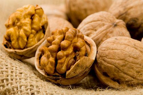 Грецкие орехи для снижения уровня холестерина