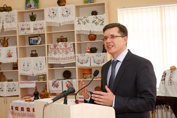 Скарбничка народного мистецтва Вінниччини у Будинку адміністративних судів