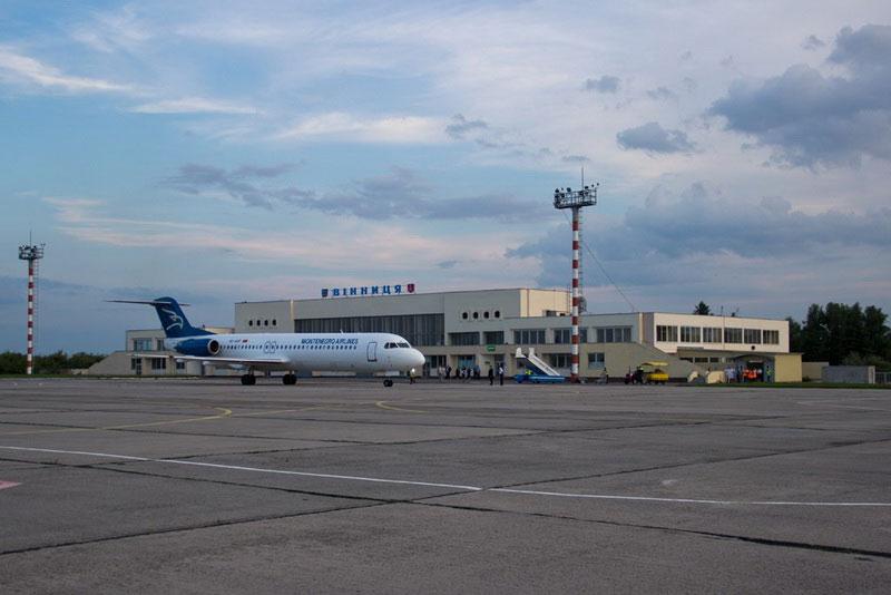 Літак до Чорногорії