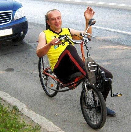 Вінничанин їздить на спортивно-туристському велосипеді власної  конструкції