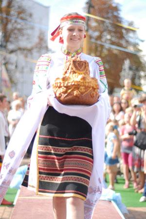 Парад короваїв у Вінниці