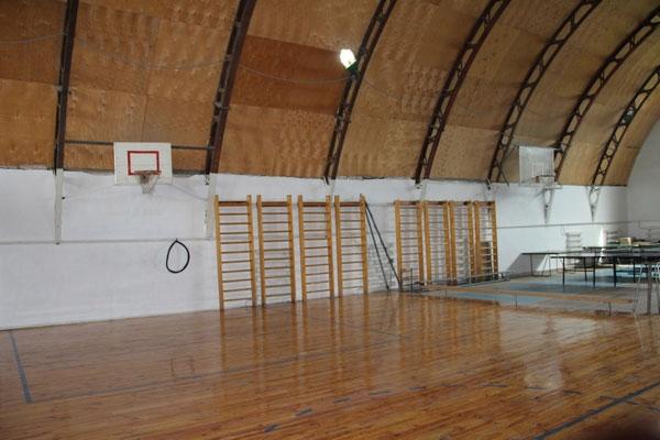 Спортзал у Могилів-Подільському