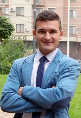 Роман Вікулов