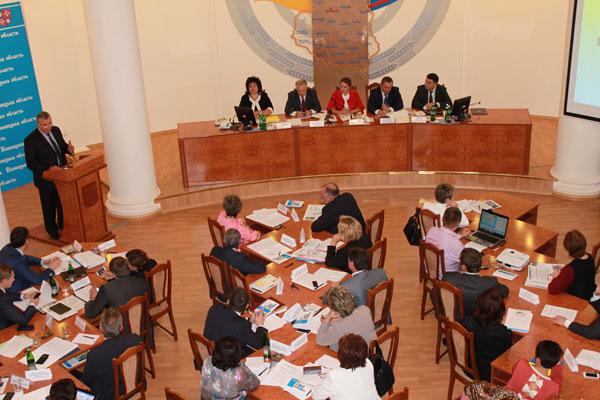 150 керівників, які працюють у соціальній сфері в усіх регіонах України, приїздили сьогодні до Вінниці