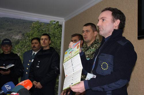 інформаційні буклети з правилами перетину молдовсько-українського кордону