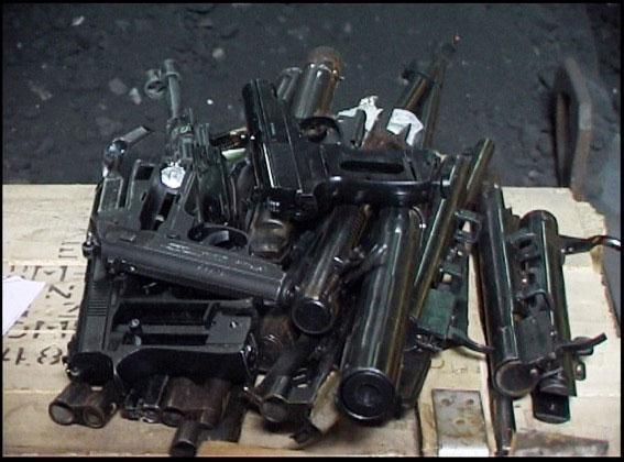 Міліція знищила близько 200 одиниць вилученої з незаконного обігу зброї