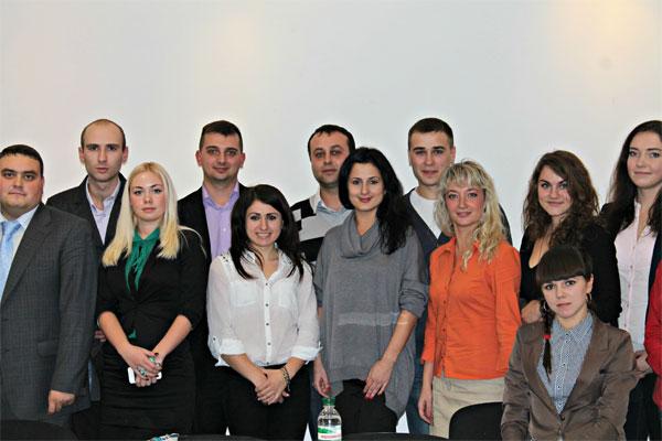 """Круглий стіл """"Проблеми та перспективи молодіжної політики Вінниці"""""""