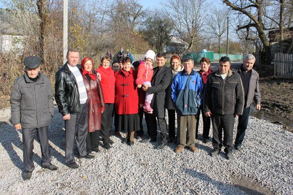 У селі Сальниця  Хмільницького району здали у експлуатацію дорогу