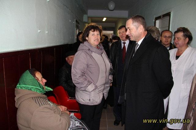 Іван Мовчан ознайомився з роботою закладів охорони здоров'я Мурованокуриловецького району