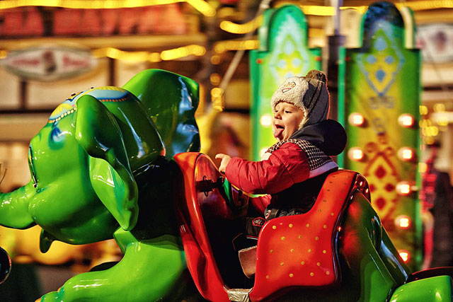 Рождественская ярмарка Sky Park