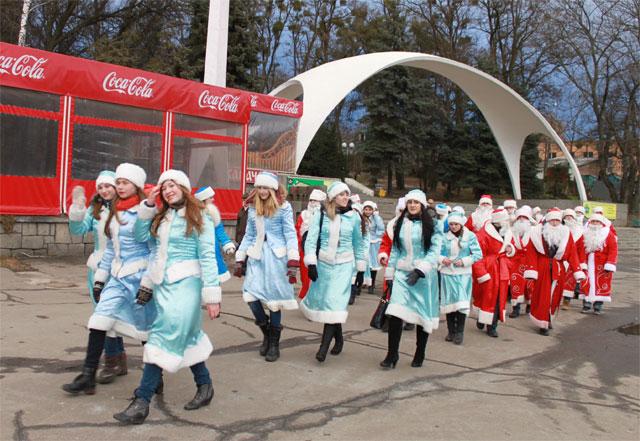 У Вінниці сертифікували сотню Дідів Морозів та Снігуроньок