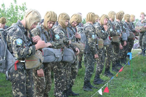 Юнаки та дівчата Вінниччини свідомо обирають військову службу за контрактом