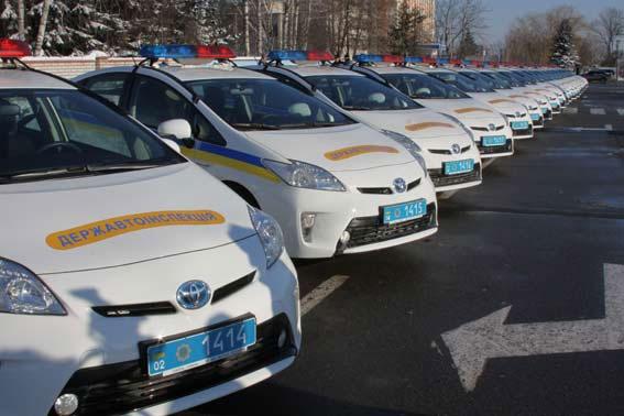 Вінницькі ДАІшники отримали ще 20 нових сучасних автомобіля «Тойота Пріус»