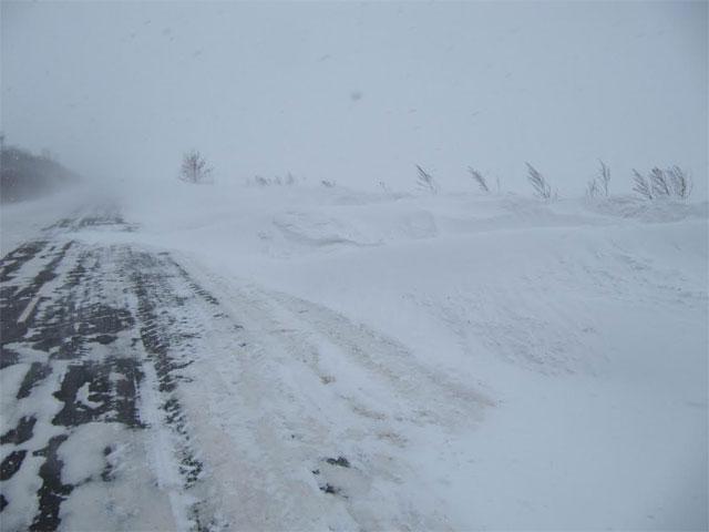 На Вінниччині висота снігових переметів сягнула 1,5-1,8 метрів
