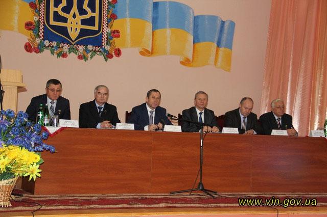 Звіт очільника Калинівського району про підсумки соціально-економічного розвитку у 2013 році