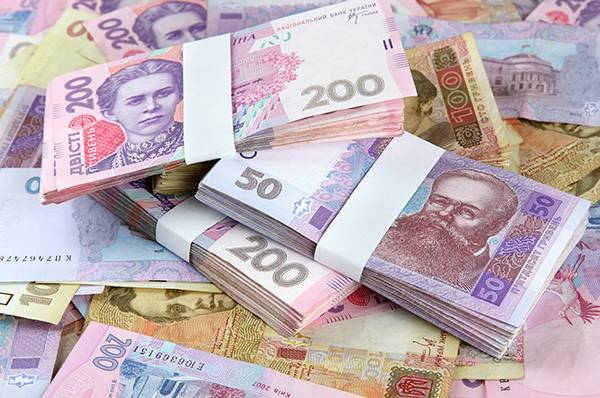 З початку року прикарпатці cплатили до бюджетів понад 1,8 мільярда гривень податкових платежів