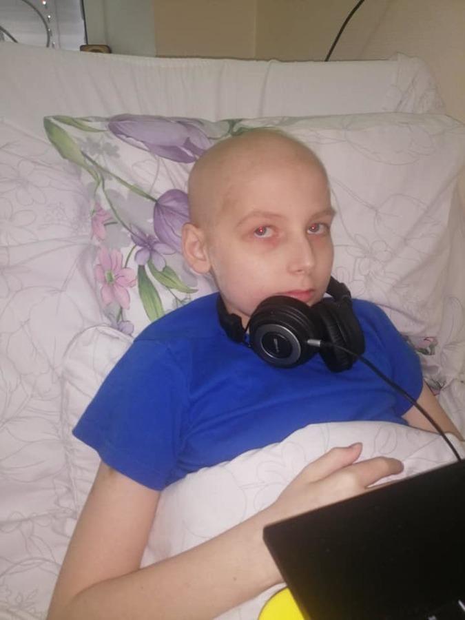 Подаруйте Дмитрику шанс на життя: дитині потрібна термінова пересадка кісткового мозку