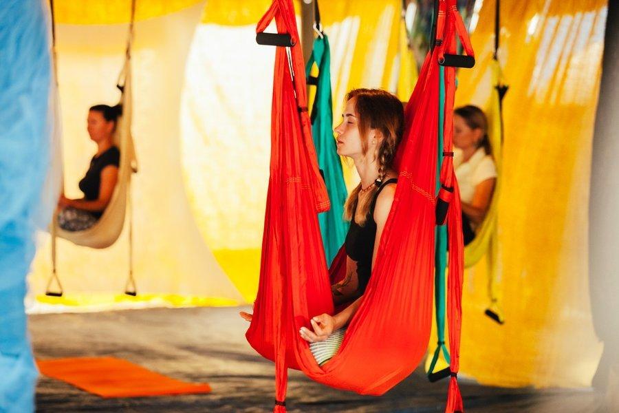 Хатха-йога, fly-йога, древні мантри та свято холі. Вінничан запрошують на міжнародний фестиваль Vedalife