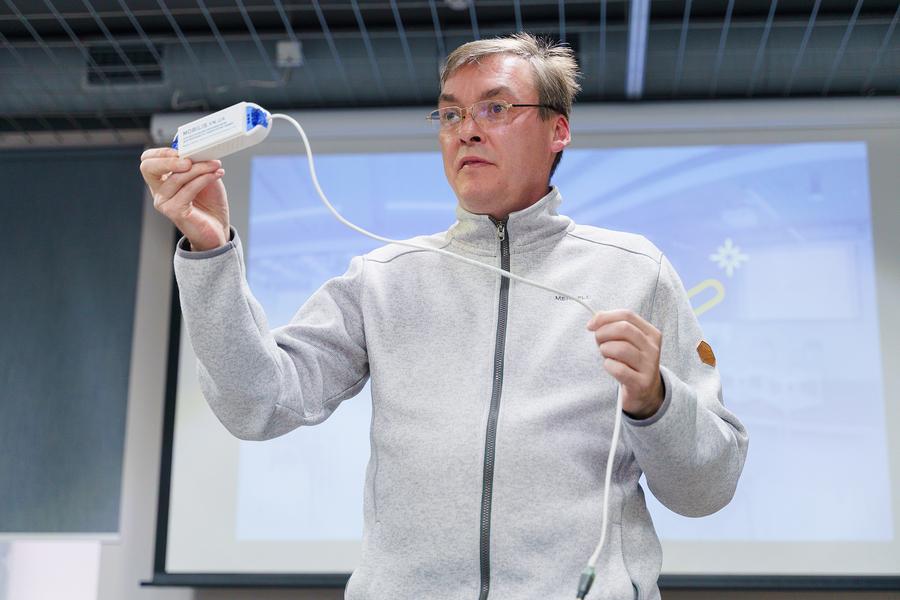 У Вінниці побільшає об'єктів з «розумними» звуковими маячками, які дозволять незрячим людям краще орієнтуватись у просторі
